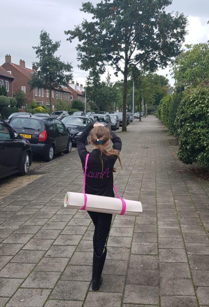 Laura kunstschaatsen KSVH Haarlem